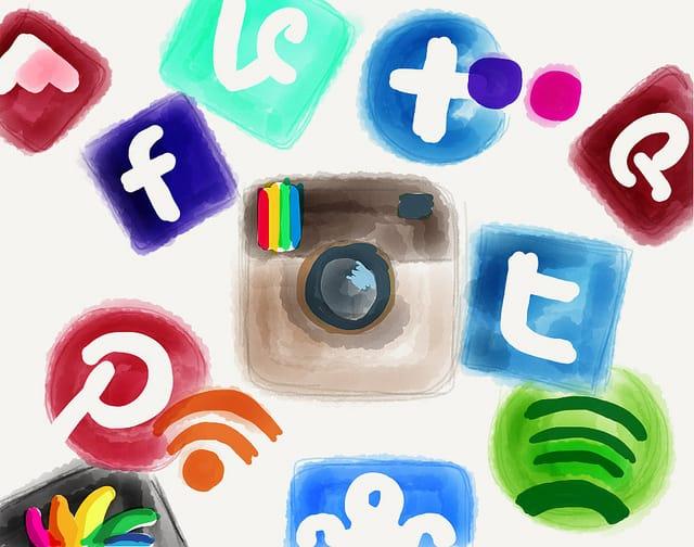 استراتژی یکپارچه شبکه های اجتماعی و پست الکترونیک